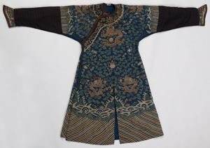 Image of Ko'ssu robe with dragon and cloud motif