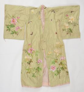 Image of Kimono with flower and butterfly motif