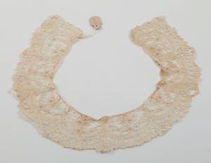 Image of Lace collar: Brussels Rose Point or Point de Gaze