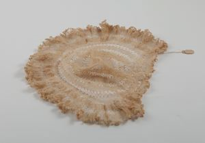 Image of Cap of knotted hairpin lace